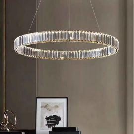 Kryształowy złoty żyrandol led Prisma 48W z barwą ciepłą 3000K ring 80cm
